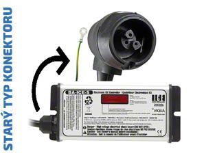 Náhradní řídící jednotka (zdroj) se starým typem konektoru pro UV lampy VIQUA S5Q, S8Q, S12Q. Zobrazuje také odpočet dní do výměny UV zářivky.